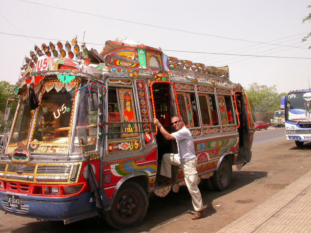minibus4149899.jpg