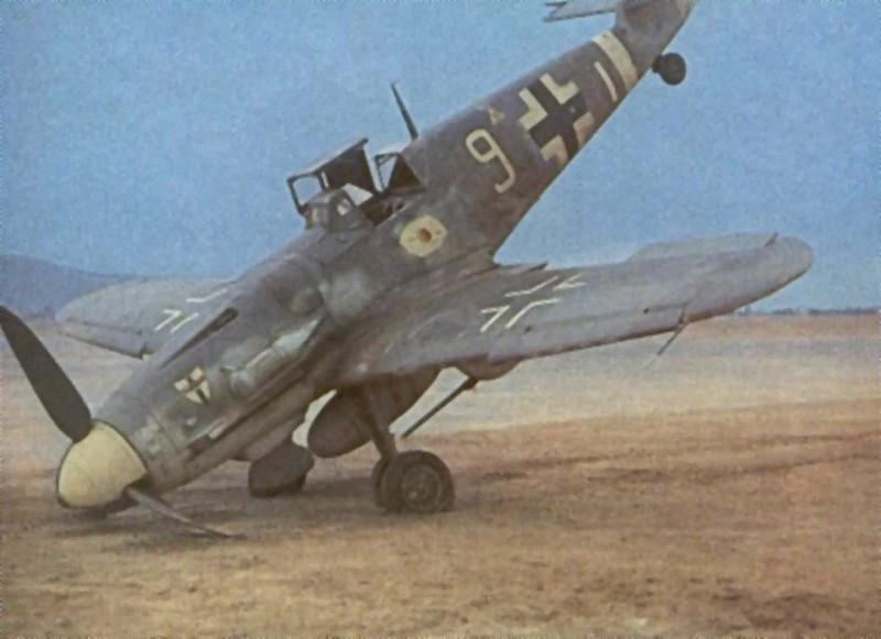 Messerschmitt Bf 109G-6-trop.jpg
