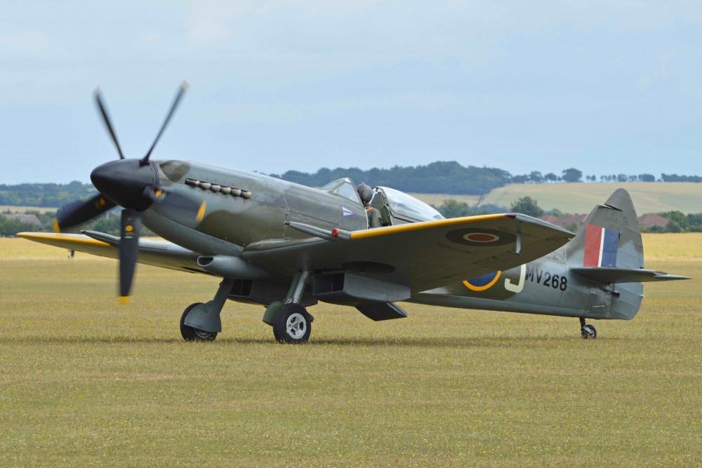 Spitfire_XIV.jpg